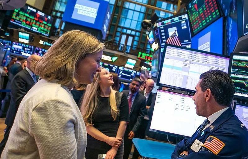 從美股市場經常能觀察到目前世界流行趨勢。(翻攝自紐約證交所FB)