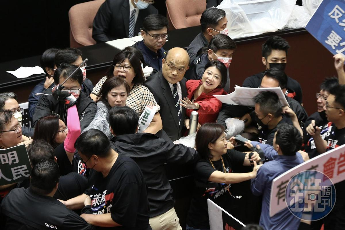 綠委層層保護蘇貞昌上台報告。
