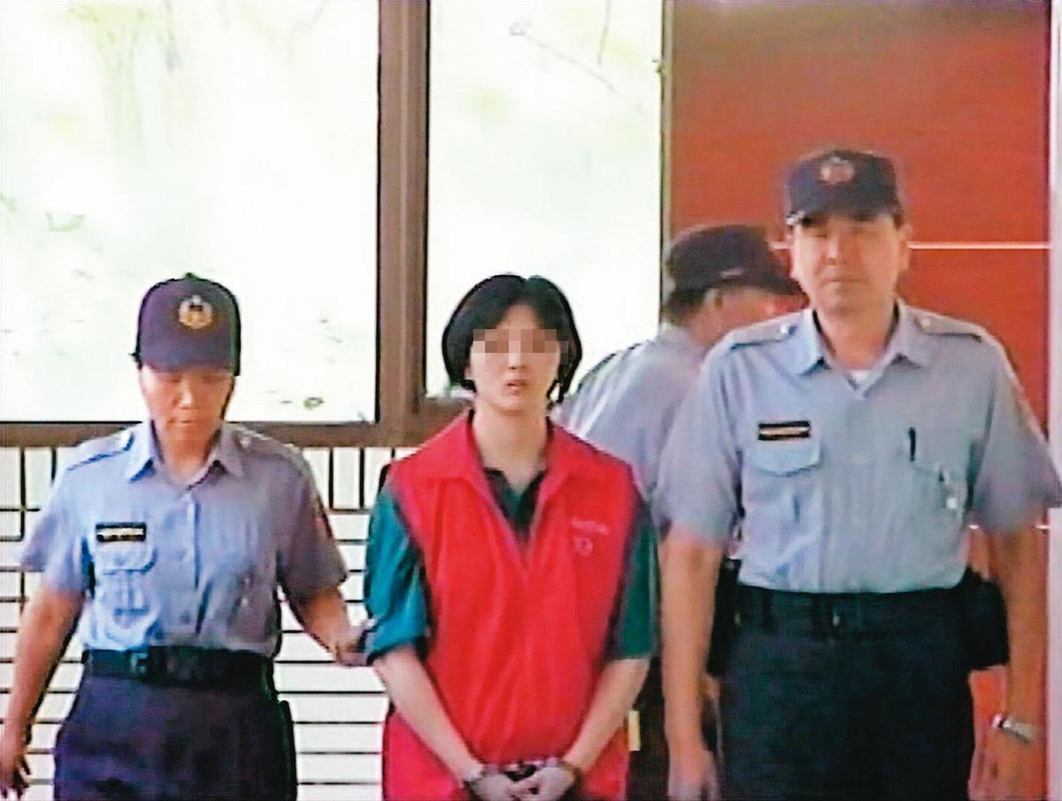 林女(中)連續殺了3人,最後被判死刑定讞,目前尚未執行。(東森新聞提供)