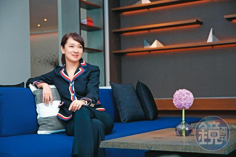 「長笛公主」賴英里(圖)和李世聰同遊日本時,互動親暱,事情曝光後辭去寒舍集團董事長一職。