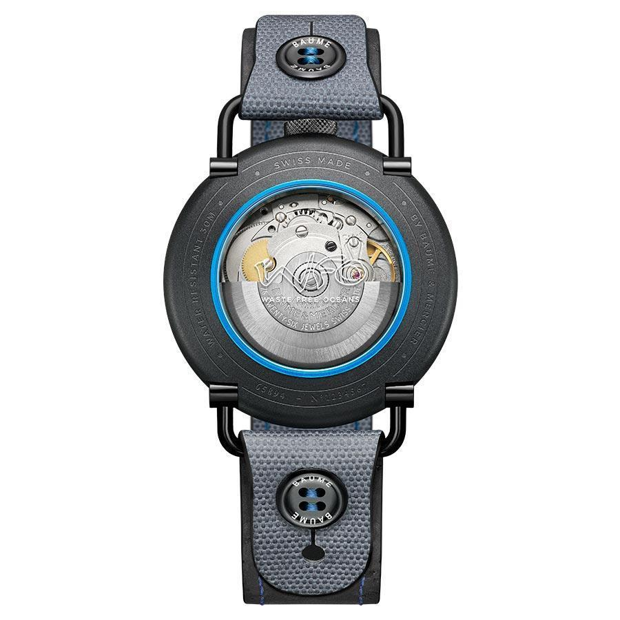 鈕扣式快拆錶帶的設計,是BAUME系列的一大特色,做出一般常見的快拆錶帶不一樣的形式,在堅固度方面也做了考量。