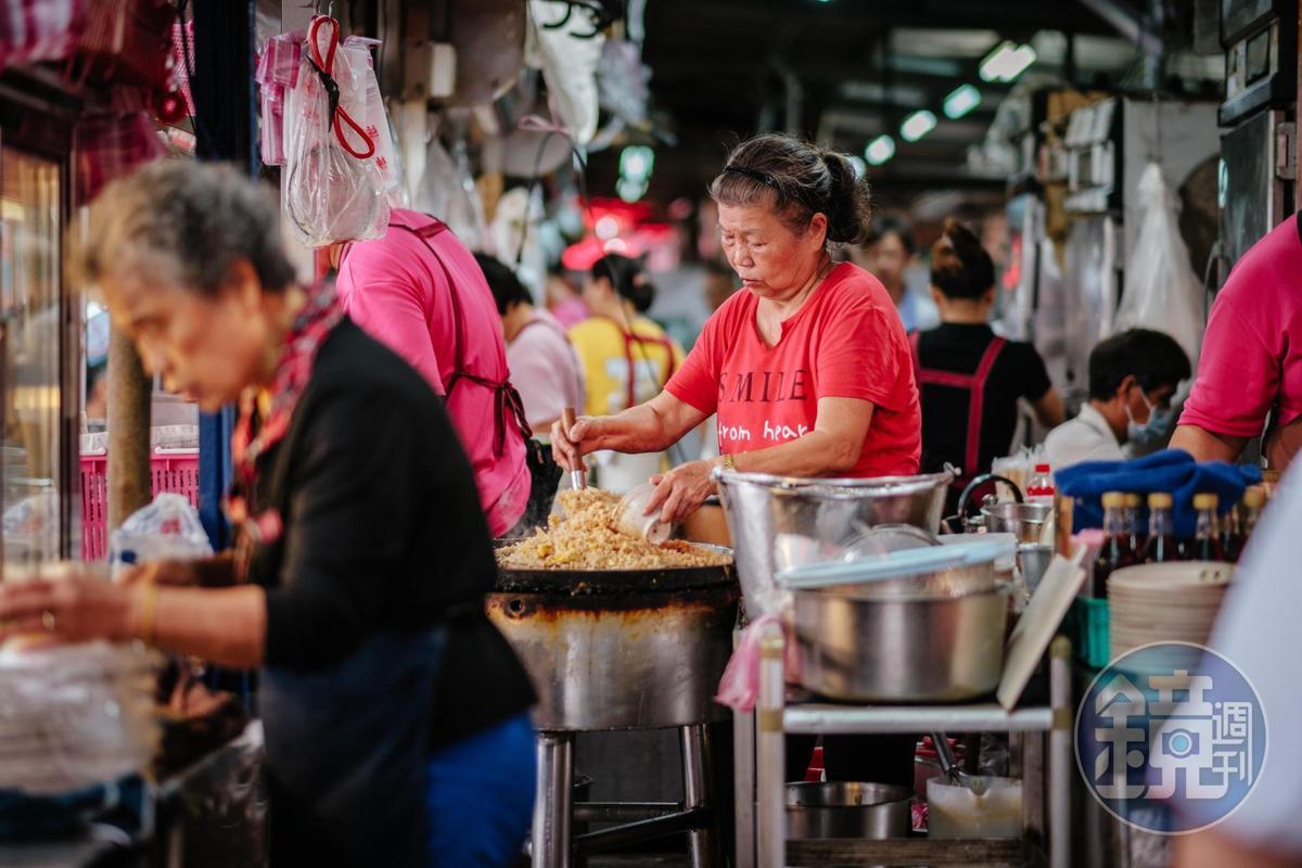 另外推薦「阿蘭炒飯」,「吻仔魚炒飯」也是一絕,是一般吃不到的口味。