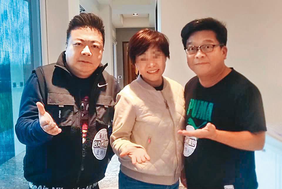 製作人張富(右)找來投資者開新節目,邀請董至成(左)合作。(翻攝自D&Lhouse臉書)