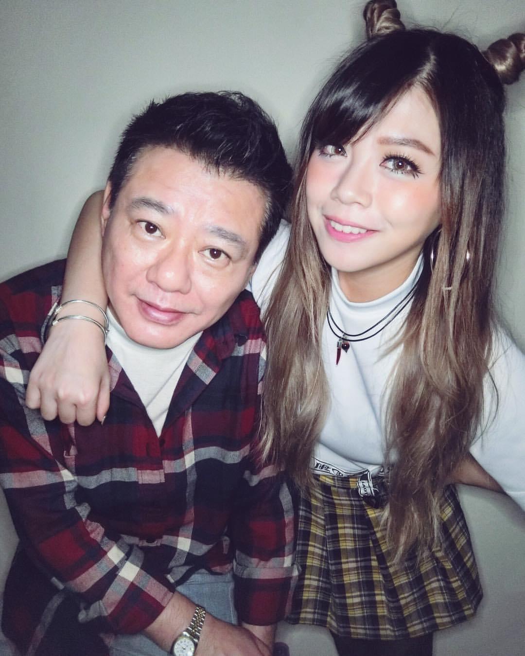林吟蔚(右)表示當年因為父親安迪(左)的一句話才能讓自己堅持至今。(翻攝自林吟蔚臉書)