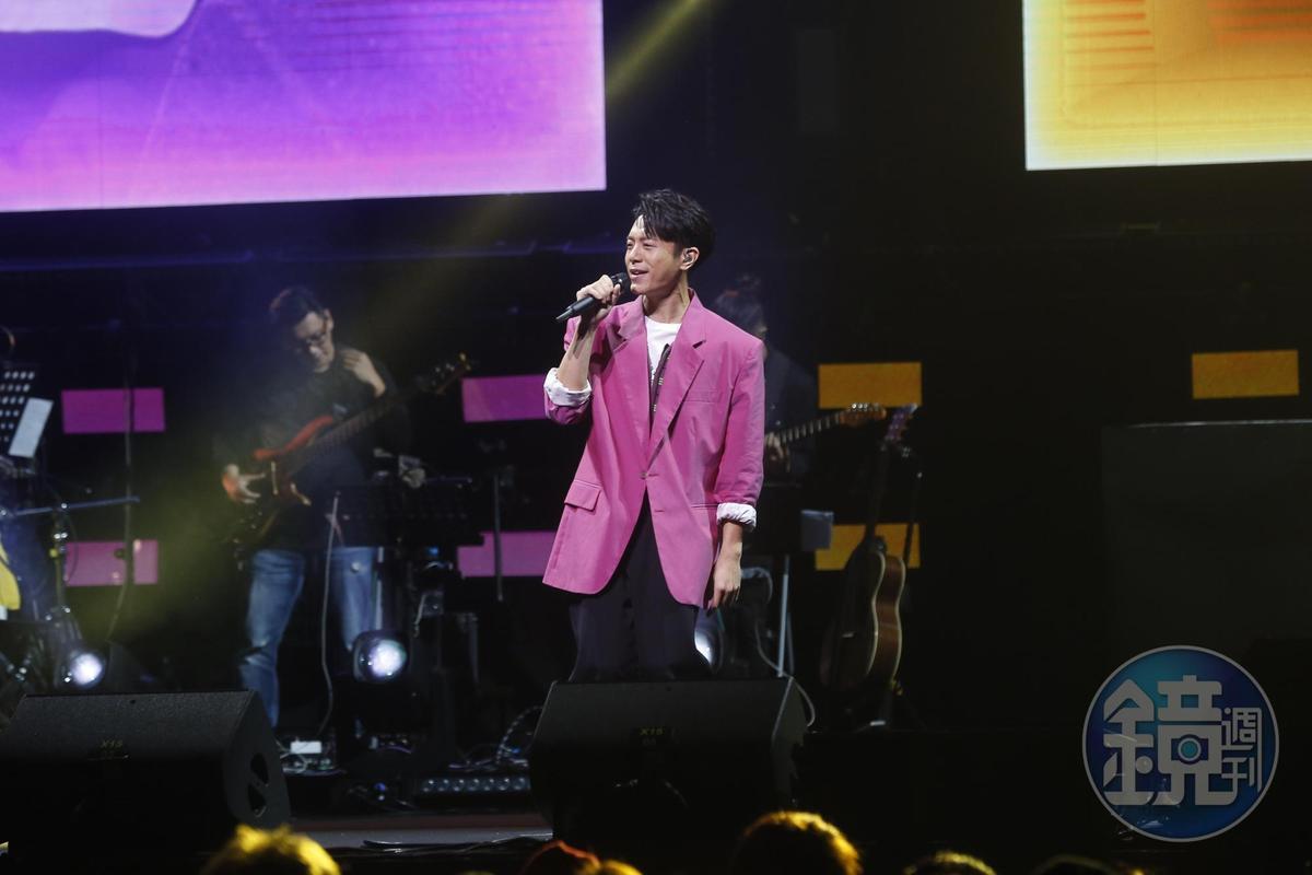 韋禮安在台北流行音樂中心舉辦《而立之後》演唱會。
