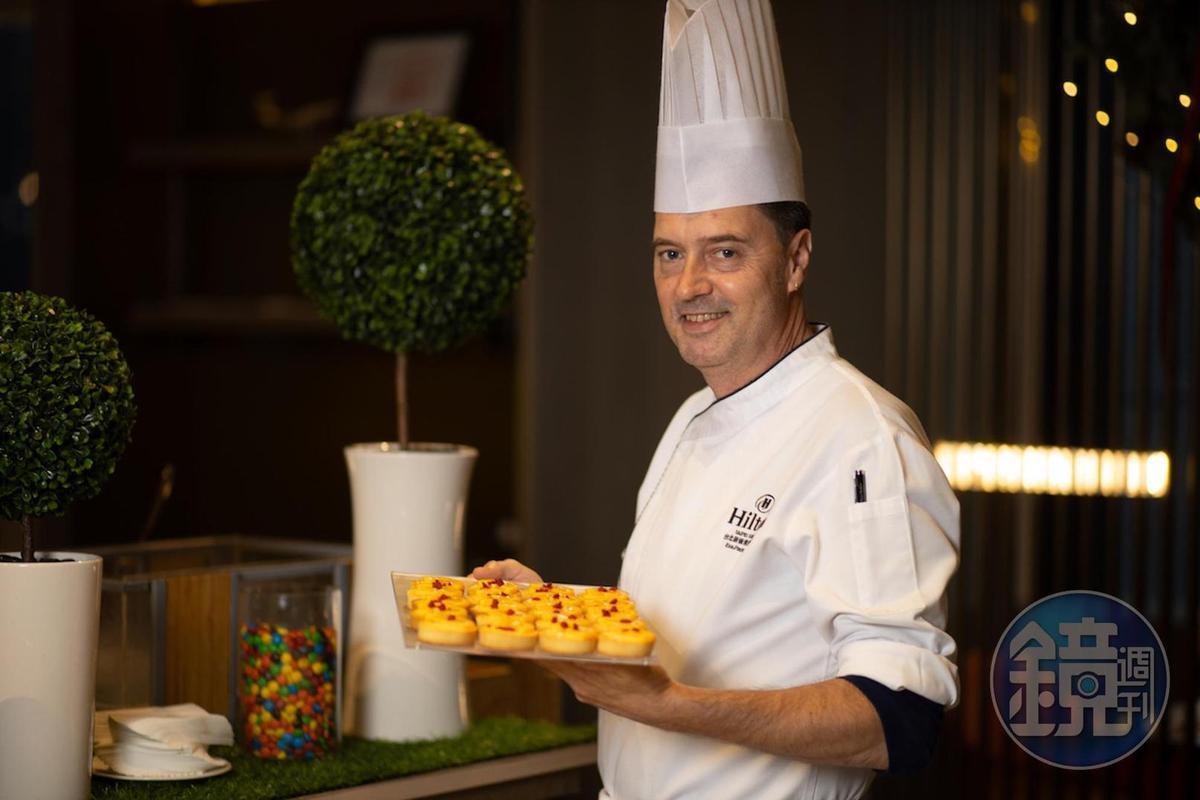 新板希爾頓酒店甜點主廚Robert Hope已居住板橋13年,擅長運用各式在地食材。