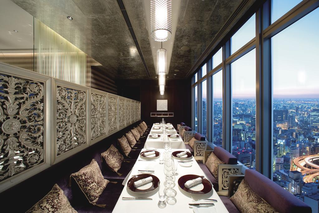 日本「東京文華東方酒店」位在金融區,服務品質不在話下。(翻攝自Booking.com)