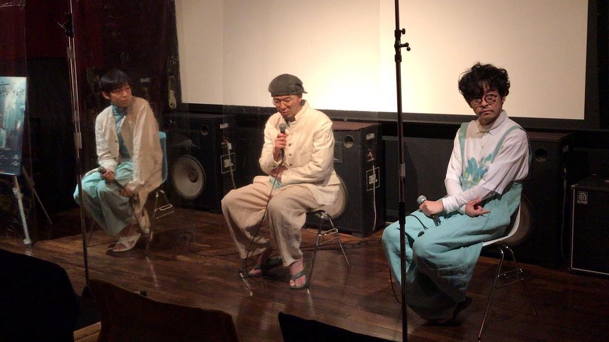 今村圭佑(中)日前帶著演員水間龍(左)、山中崇到戲院謝票,也聊起在台的趣事。(希望行銷提供)