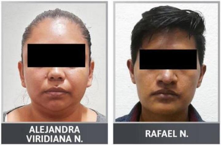 小雅慈的父親拉斐爾(右)和母親雅莉詹達(左)因涉嫌虐待女兒被拘留。(翻攝libertatea.ro)