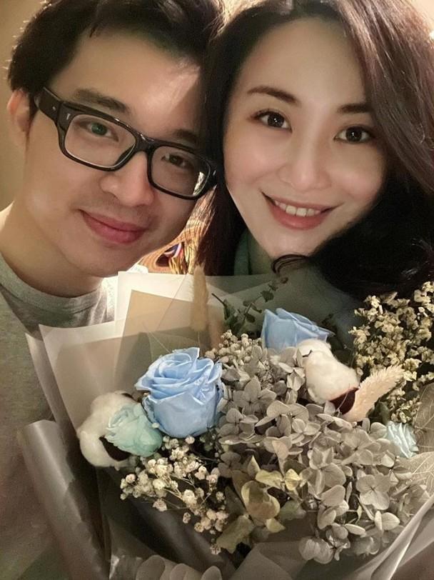 裕美(右)與林作(左)不時在社群網站放閃。(翻攝自裕美IG)