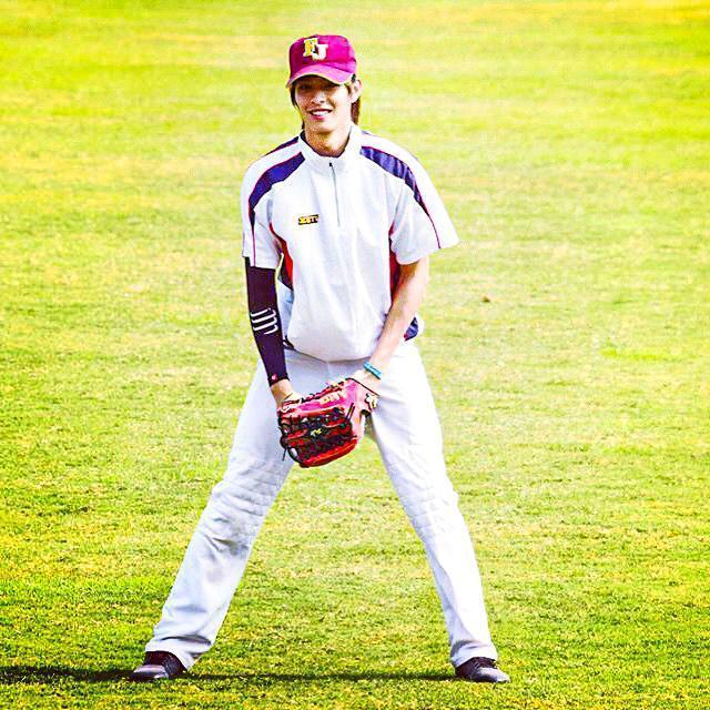 曹佑寧曾是棒球國手,優異的運動表現,成為入主《全明星運動會》的不二人選之一。(翻攝自曹佑寧IG)