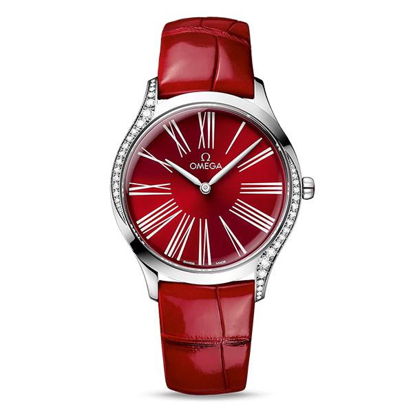 錶徑36mm/不鏽鋼材質/時間指示/石英機芯/錶殼鑲鑽/防水30米/建議售價NT$ 145,000