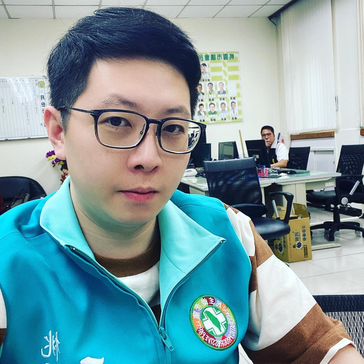 上週被罷免成功的民進黨桃園市議員王浩宇也傳出有意轉戰台北市港湖區參選台北市議員。(翻攝王浩宇臉書)