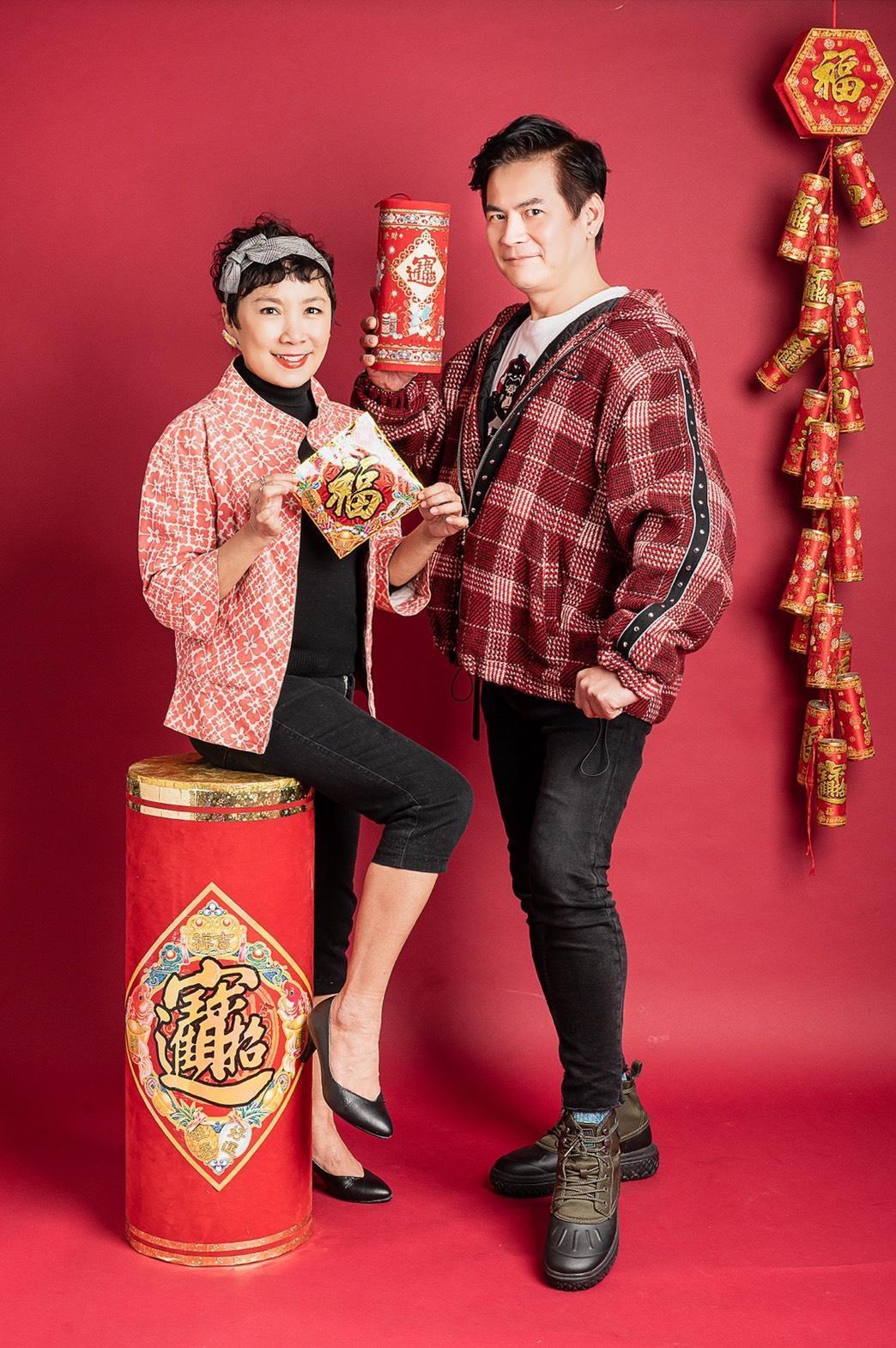 謝麗金、馬國賢勇闖播客圈話題百變葷素不忌。(艾迪昇傳播提供)