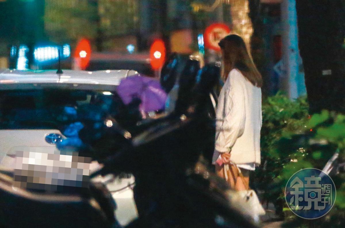 18:14 祖雄開車到帝寶門外,接烏克蘭模特兒佳娜上車。