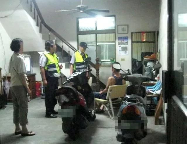 6年前廖男就因為相同事件引來警消到場馳援。(翻攝畫面)