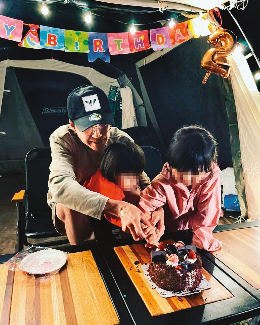 江宏傑近來頻發IG抒發近況與心情,日前他帶孩子露營並幫兒子過生日,單親爸爸十分盡責。(翻攝自江宏傑IG)