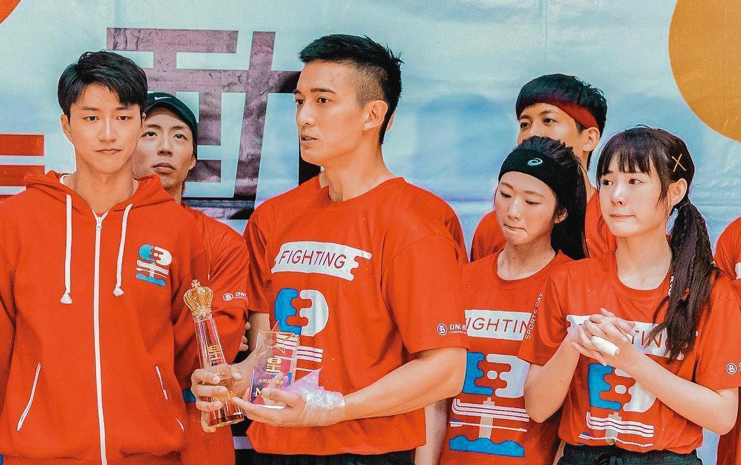 除婚變影響,江宏傑(左)最近也因節目中自己的隊伍表現不好,傳出數度身心潰堤。(翻攝自吳心緹IG)