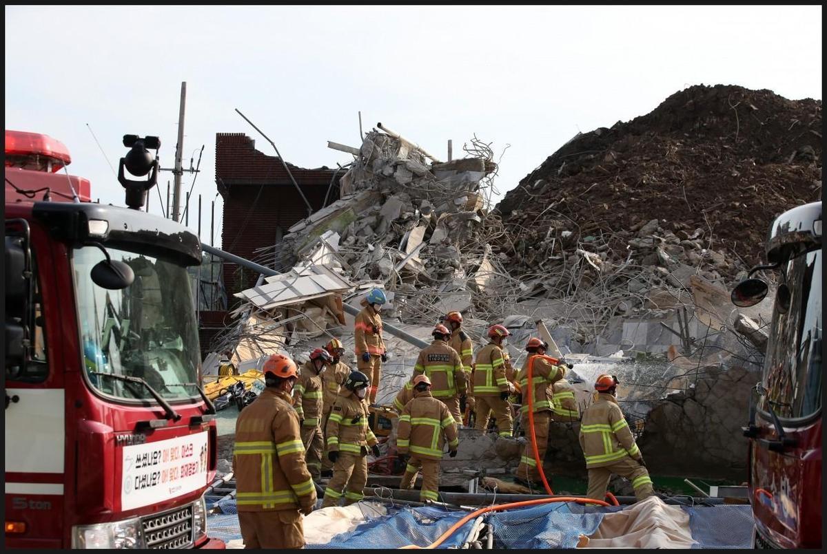該事故釀9死8重傷,搜救人員持續調查中。(翻攝skylove0310推特)