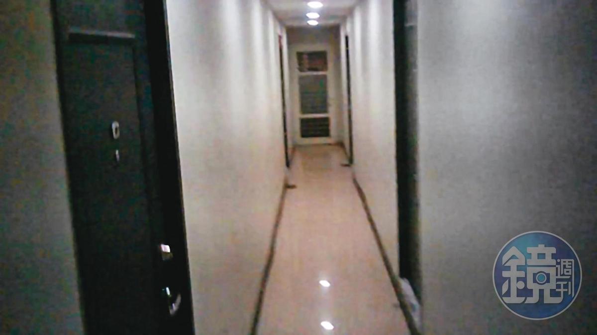 中山區許多大樓內的小套房,現已淪陷為色情黑戶的聚集地。(讀者提供)