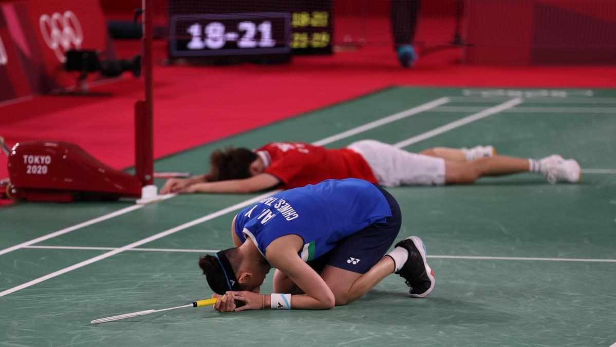 戴資穎對戰中國選手陳雨菲,鏖戰81分鐘以1比2銀恨。(體育署提供)