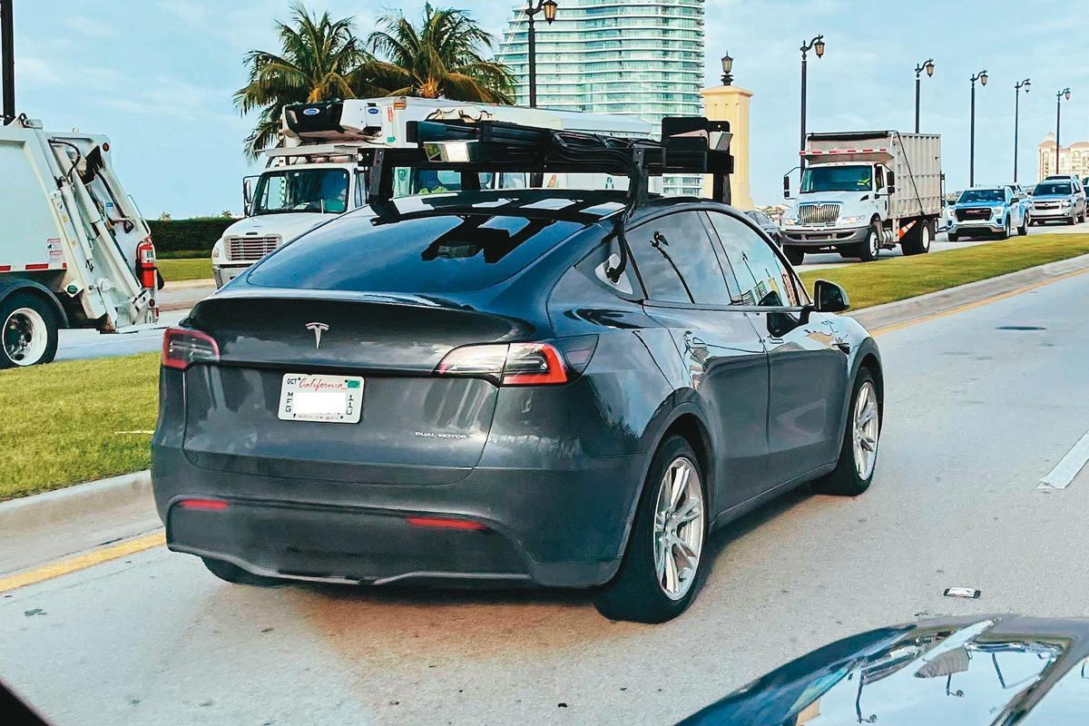 特斯拉執行長馬斯克(Elon Mask)一向對光達不屑一顧,近日卻被發現旗下Model Y搭載Luminar的光達在路面進行測試。(翻攝自twitter)