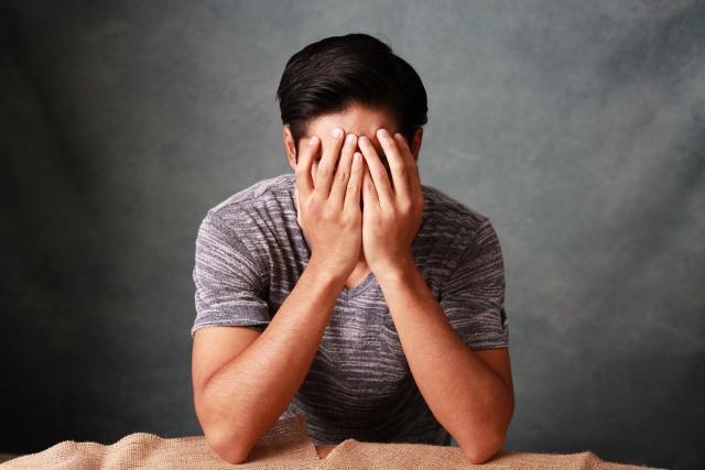 婚前被女友說有早洩問題,應該要花錢治好,讓男網友崩潰大喊「這很打擊我信心啊」 (photo-ac)