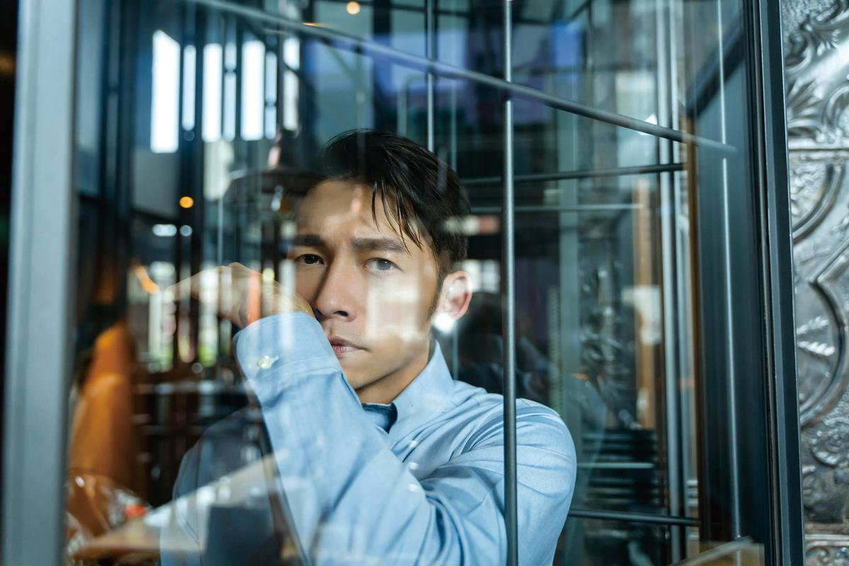 溫昇豪登上《Ciao潮旅》雜誌10月封面人物。(《Ciao潮旅》雜誌提供)